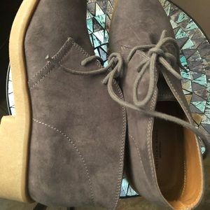 Brand new size 9 women's American eagle booties